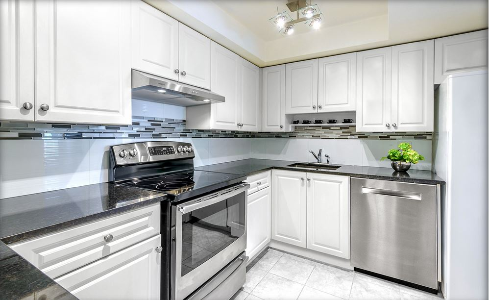 Fabuwood cabinetry beautiful kitchens for Kitchen cabinets queens ny
